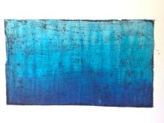 Blue fused cracked